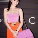 Ngọc Trinh chọn túi xách hàng hiệu chuẩn nhất showbiz Việt